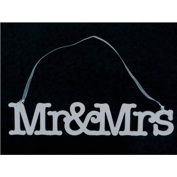 Wedding Sign / Hanger MR MRS (single line)