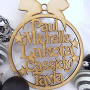 .Bauble Christmas Family wreath MDF