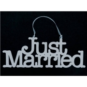 Wedding Sign / Hanger JUST MARRIED